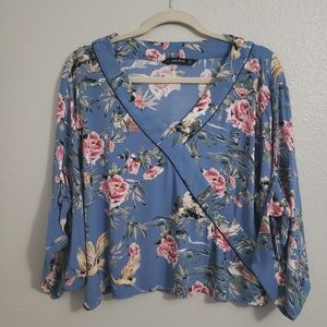 Zara floral v neck 3/4 sleeve crop blouse small